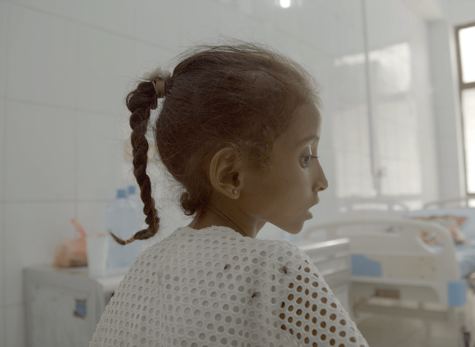 A girl in Yemen faces malnutrition in the oscar-nominated short documentary Hunger Ward