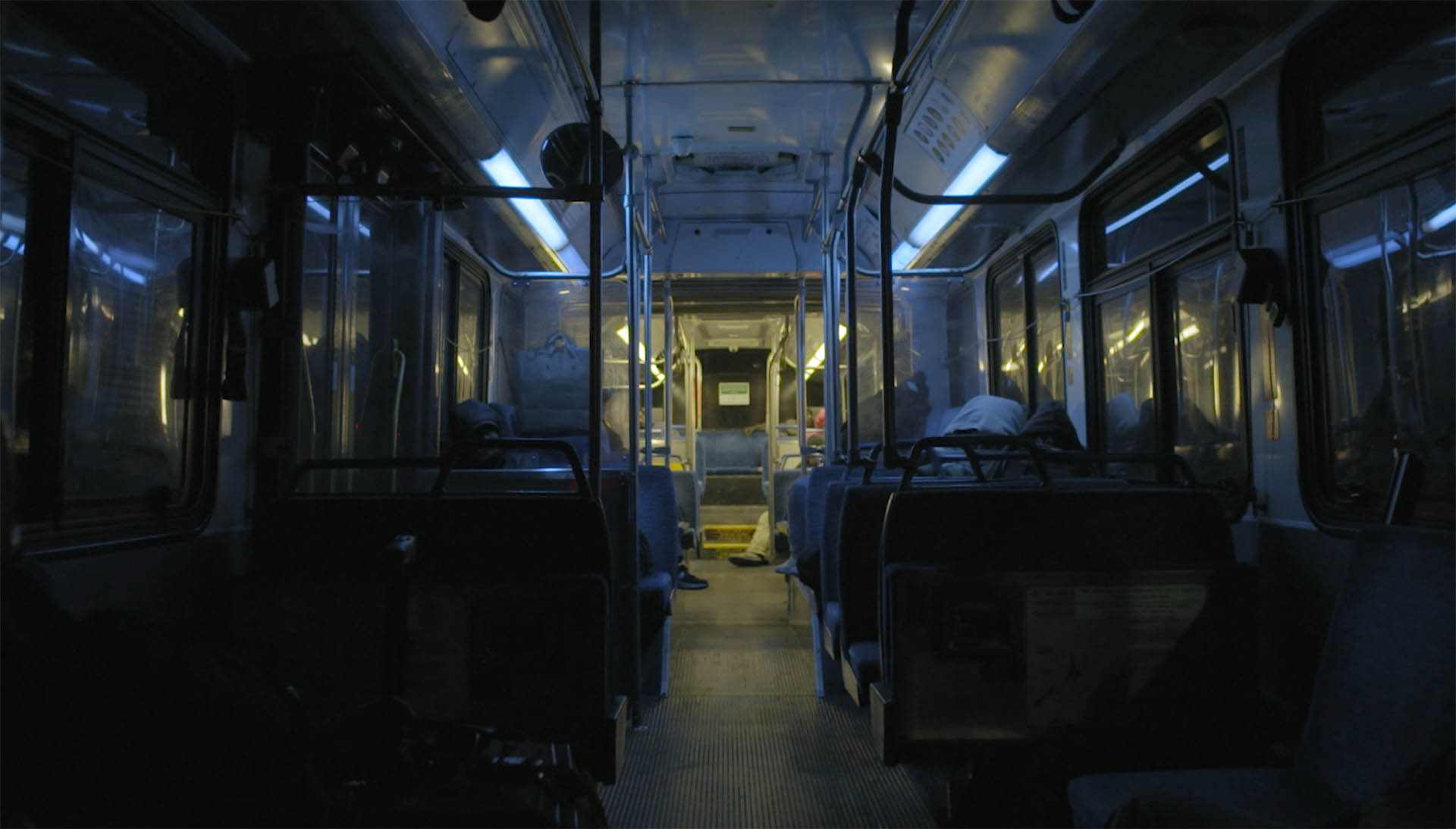 The bus route 22 of silicon valley at night in the short film Hotel 22